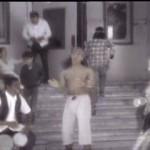 Madonna - La Isla Bonita - La Niña Paseando